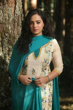 South Indian actress Nithya Menen best picture and wallpaper gallery. Best hd image of actress Nithya Menen. South Actress, South Indian Actress, Beautiful Indian Actress, Beautiful Actresses, Bollywood Cinema, Bollywood Photos, Hindi Actress, Bollywood Actress, Nithya Menen