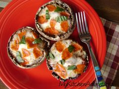 """Use gf pepperoni! My Kitchen Adventures: Portabella Mushroom """"Pizzas"""" Could be made with large cap white mushrooms as well. Portabello Mushroom Pizza, Portabella Pizza, Stuffed Portabello Mushrooms, Ww Recipes, Cooking Recipes, Healthy Recipes, Healthy Options, Healthy Comfort Food, Healthy Food"""