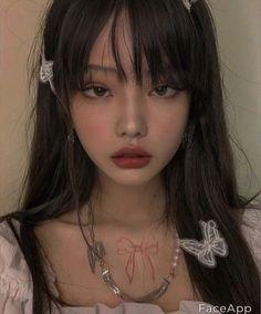 Aesthetic Makeup, Aesthetic Girl, Cute Makeup, Makeup Looks, Cl Rapper, Estilo Madison Beer, Ulzzang Makeup, Ulzzang Korean Girl, Uzzlang Girl