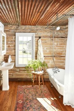 20 Gorgeous Farmhouse Bathroom Design Ideas - The modern urban farmhouse is home design keywords that are very popular today as the natural aesthetic vibe is very much in sync with being grounded . Rustic Bathroom Designs, Best Bathroom Designs, Rustic Bathroom Decor, Bathroom Trends, Bathroom Styling, Bathroom Ideas, Bathroom Pictures, Budget Bathroom, Bathroom Organization