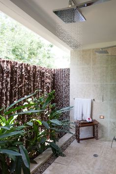 Private outdoor shower at Ka'ana Boutique Resort, Belize. #luxury #xoBelize