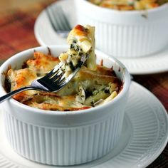 Cheesy Baked Mushroom Penne Florentine - This will make all mushroom lovers very happy!