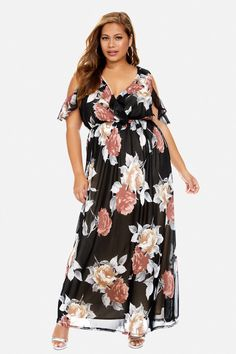 Fashion To Figure Floral Maxi Dress Size 3 Worn once! FTF size Fashion to Figure Dresses Maxi Plus Size Maxi Dresses, Plus Size Outfits, Casual Dresses, Girl Fashion, Fashion Outfits, Curvy Fashion, Travel Clothes Women, Fashion To Figure, Fat Women