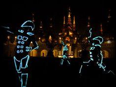 Team Tron - LED Show - Wow Entertainment