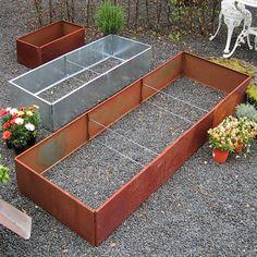 Stor rektangulär odlingsbänk med tillval 719 KR Building A Raised Garden, Raised Garden Beds, Allotment Gardening, Garden Sofa, Metal Planters, Modern Garden Design, Garden Edging, Gras, Container Plants