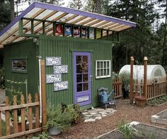 garden shed ... potting shed ... bike shed ...