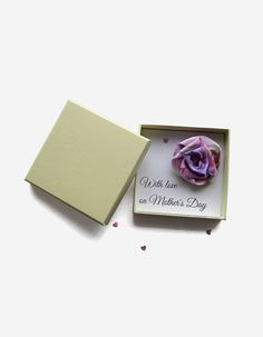 Mauve and pink rose brooch with Mother's Day card handmade with a lovely pattern printed on silk. The unique artisan textile flower was hand sewn by me with the greatest care and it has a metal pin back for easy use. It comes with a Mother's Day c...