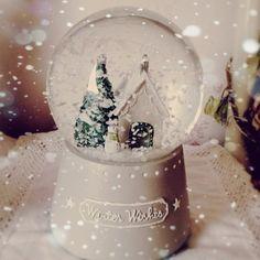 I love snow globes...