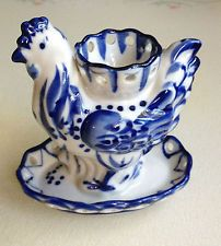 Vintage Russian Gzhel China Blue & White Chicken Egg Cup