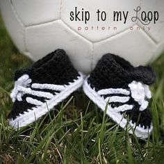 Baby Soccer Shoes - Crochet Pattern.