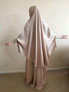 Elegant beige Muslim suit, Silk golden #jilbab, wedding #khimar, engagement beige #islamic dress, #nikah outfit #hijab #hijabfashion Wedding Hijab, Abaya Fashion, Muslim Women, Beige Color, Elegant Woman, Special Occasion, Occasion Spéciale, Costume, Lady
