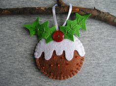 Felt Christmas tree ornaments pudding with a pocket  by feltgofen