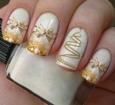 In seek out some nail designs and ideas for your nails? Listed here is our list of must-try coffin acrylic nails for modern women. Diy Christmas Nail Art, Christmas Nail Art Designs, Holiday Nail Art, Fancy Nails, Gold Nails, Nail Art Noel, Nagel Stamping, Gold Nail Designs, Seasonal Nails