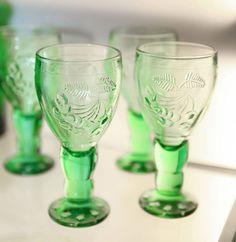 Antiikki & Design - tietoa ja elämyksiä Mason Jar Wine Glass, Flute, Tableware, Vintage, Design, Historia, Dinnerware, Tablewares