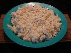 """C'est une recette tirée du livre """"à table avec thermomix"""" que j'ai eu envie de préparer lorsque je l'ai vu chez mes copinautes Corinette et Mu, merci les filles, de m'avoir mis l'eau à la bouche !! Elle est très simple à préparer avec Momo : On met tout..."""