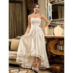 A-Line Wedding Dresses Strapless Asymmetrical Beaded Lace Strapless Vintage Illusion Detail with Appliques Button 2020 Wedding Dresses Under 100, Cheap Wedding Dresses Online, White Wedding Dresses, Tulle Wedding, Plus Size Wedding, Trendy Wedding, Little White Dresses, Bustier, Tulle Dress