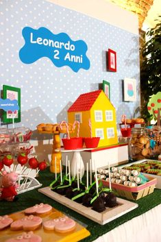 Benevent Planner's Birthday / Peppa Pig - Photo Gallery at Catch My Party Leo Birthday, 3rd Birthday Parties, Happy Birthday, Cumple George Pig, George Pig Party, Pig Candy, Cumple Peppa Pig, Ben And Holly, Art Party