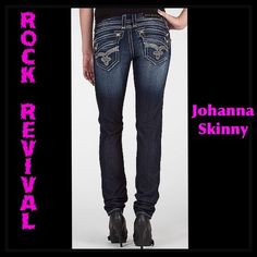 ROCK REVIVAL JOHANNA SKINNY JEANS, EXCELLENT COND! ROCK REVIVAL JOHANNA SKINNY JEANS, EXCELLENT CONDITION! Bling everywhere, nothing missing!!! Really just interested in selling them, thanks! BARELY WORN, like new! Rock Revival Jeans Skinny