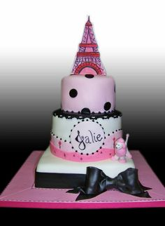 Eiffel Tower and Poodel Dog Cake by Gio's Cakes, via Flickr