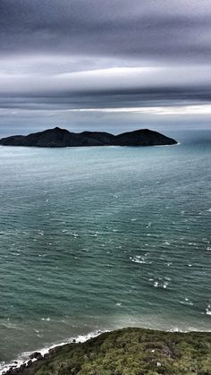 It's always good to get some perspective on just how big paradise actually is.....don't you agree?www.fitzroy-island.com.au #fitzroyisland Scott Stewart #cairns