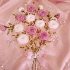 SEVİLAY ÇALIŞKAN @ribbon.design on Instagram photo November 4 Rose Embroidery, Embroidery Stitches, Embroidery Patterns, Ribbon Work, Silk Ribbon, Custom Ribbon, Ribbon Design, Ribbon Crafts, Fabric Flowers