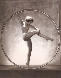 Doris Humphrey/Hoop Dance