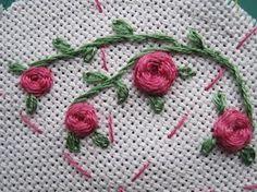 """Rosa bordada - Ponto """"teia de aranha"""" - name of the stitch??.."""