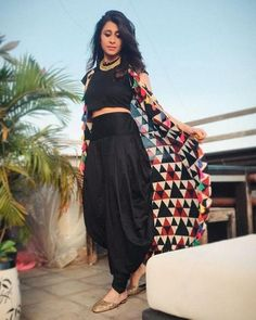 Shrug For Dresses, Indian Gowns Dresses, Indian Fashion Dresses, Indian Designer Outfits, Indian Outfits, The Dress, Indian Fashion Modern, Indian Inspired Fashion, Indian Fashion Trends
