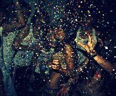 Провести время с друзьями, чтобы было, что вспомнить. www.hophop.mobi