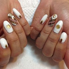 #astrowifey versace nails