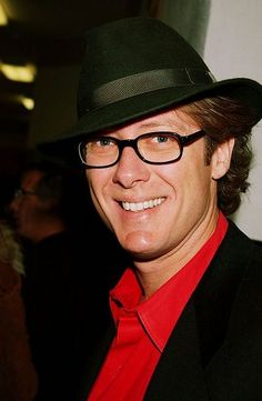 Cute photo of James Spader in a fedora from back when I could identify him on sight.