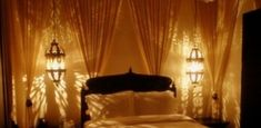 Απλοί τρόποι για να κάνετε το σπίτι σας… όαση! Curtains, Home Decor, Blinds, Decoration Home, Room Decor, Draping, Home Interior Design, Picture Window Treatments, Home Decoration