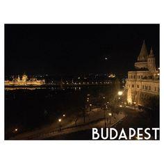 Instagram【saori_hrm_】さんの写真をピンしています。 《🐻. 今日はスロバキアをぱーっと移動して、 ハンガリーのブダペスト🇭🇺 部屋がドナウ川が見れるお部屋でした🤔💕 寝るのもったいない! あと1日半のヨーロッパ楽しみます😇 #ハンガリー #ブダペスト #Hungary #Budapest #🇭🇺 #ドナウ川 #Donauriver #国会議事堂 #マーチャーシュ教会 #⛪️ #カメラ女子 #オリンパス女子 #写真撮ってる人と繋がりたい  #写真好きな人と繋がりたい #ファインダー越しの私の世界  #OLYMPUS #EPL7 #写真 #photo #旅行 #夜景 _》