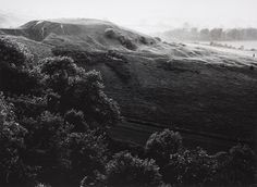Dragon Hill, Ridgeway Fay Godwin (England, born Wales Photographs Gelatin-silver print Image: 8 x 11 Mount: 12 x Mat: 16 x 20 The Marjorie and Leonard Vernon Collection, gift of The Annenberg Foundation, acquired from Carol Vernon and Robert Turbin LACMA Best Landscape Photography, Landscape Photos, Photography Ideas, Black And White Landscape, Black White, Richard Misrach, Gelatin Silver Print, English Countryside, Black And White Photography