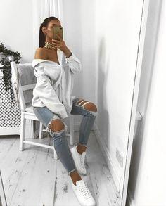 "2,332 Gostos, 21 Comentários - K A T Y | L U I S E (@katyluise) no Instagram: ""'Eleanor jeans' @misspap Use code GET30 #misspap #misspapped"""