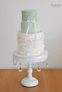 Beautiful Cake Pictures: Tiny Flowers with Pearls on Tiered Cake: Cakes with Flowers, Elegant Cakes, Wedding Cakes