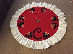 Awe Inspiring Tree Skirts A Tree And Disney On Pinterest Easy Diy Christmas Decorations Tissureus