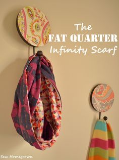 Sew Homegrown: {DIY}The Fat Quarter Infinity Scarf I wouldn't mind trying this. And I have some fat quarters on hand. Sewing Hacks, Sewing Tutorials, Sewing Patterns, Purse Patterns, Sewing Clothes, Diy Clothes, Sewing Scarves, Fabric Crafts, Sewing Crafts