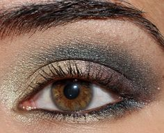 Urban Decay Book of Shadows Vol. 3 Look: Gold, Plum, Green