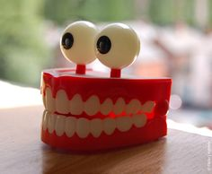 Uma escova de dentes inteligente   High-Tech Girl  Flickr   rightee