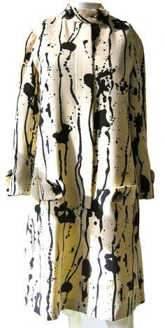 // 1970s coat