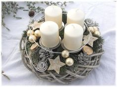 Advent Wreath – Country willow wreath, Shabby by Tinas-art-of-deco on DaWand … - Diy Winter Deko Christmas Advent Wreath, Christmas Home, Advent Wreaths, Diy Christmas Crafts To Sell, Diy And Crafts, Willow Wreath, Advent Candles, Shabby, Deco Floral