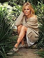 How Julie Bowen Sparks Up Her Life   Health.com Julie Bowen, Milk Duds, I Support You, Diane Keaton, Health Magazine, Halle Berry, Modern Family, Go Outside, The Funny