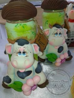 vaquinhas em biscuit