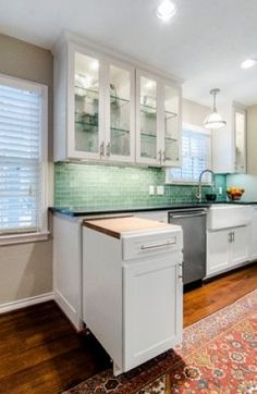 Uplifting Kitchen Remodeling Choosing Your New Kitchen Cabinets Ideas. Delightful Kitchen Remodeling Choosing Your New Kitchen Cabinets Ideas. Kitchen Pantry, Kitchen Living, New Kitchen, Kitchen Cabinets, Kitchen Ideas, Kitchen Small, Kitchen Shelves, Small Kitchen Solutions, Closed Kitchen