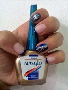 Christmas nails. Check ♥ Christmas Nails, Class Ring, Manicure, Nail Polish, Beauty, Check, Flower, Fingernail Designs, Salads