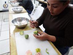 Esta vez en nuestra clase demo el arte fue protagonista. Mira las fotos de nuestra clase de Mukimono impartida por el chef Jesus Venegas Garcia de MukFactory