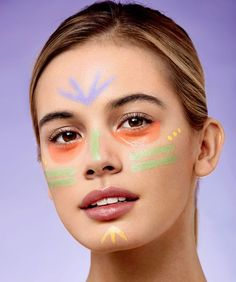 How to use colour-correcting concealers to cover dark circles, redness and dullness It might look strange at first, but colour chemistry can help you hide all manner of skin sins… Colour Correcting Makeup, Colour Correction Concealer, Make Up Color Correction, Dark Circles Makeup, Dark Circles Under Eyes, Contour Makeup, Eye Makeup, Bronzer Makeup, Face Contouring