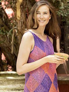 Sukienka wykonana na szydełku, włóczka Tahiti Hibiskus https://www.kokardka.pl/product/5996/wloczka-tahiti-hibiskus.html Wzór dostępny w Kramie z włóczkami https://www.kokardka.pl/product/6298/dodatek-specjalny-032016-kram-z-wloczkami.html