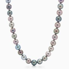 Necklace of multicolored Tahitian pearls with 18k white gold.